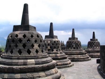 2140127780083268966TejSSs ph Misteri Pembuatan Candi Borobudur